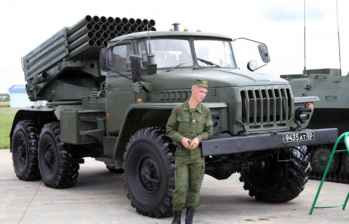 Автомобиль с ракетной установкой