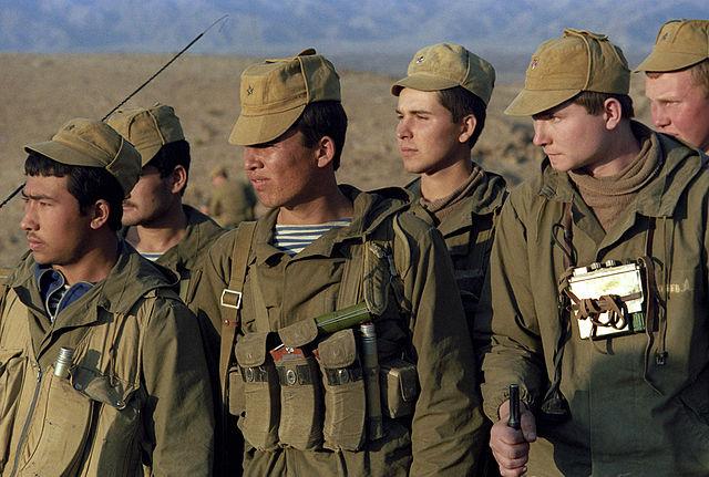 Российские десантники в походе