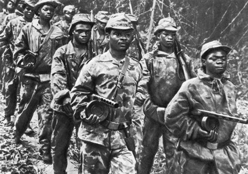 Северокорейские солдаты с ППШ