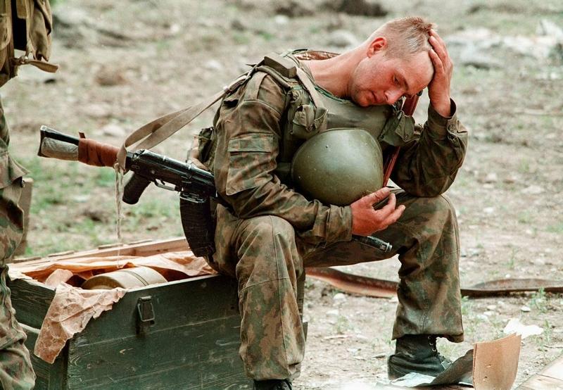 Солдат в бронежилете