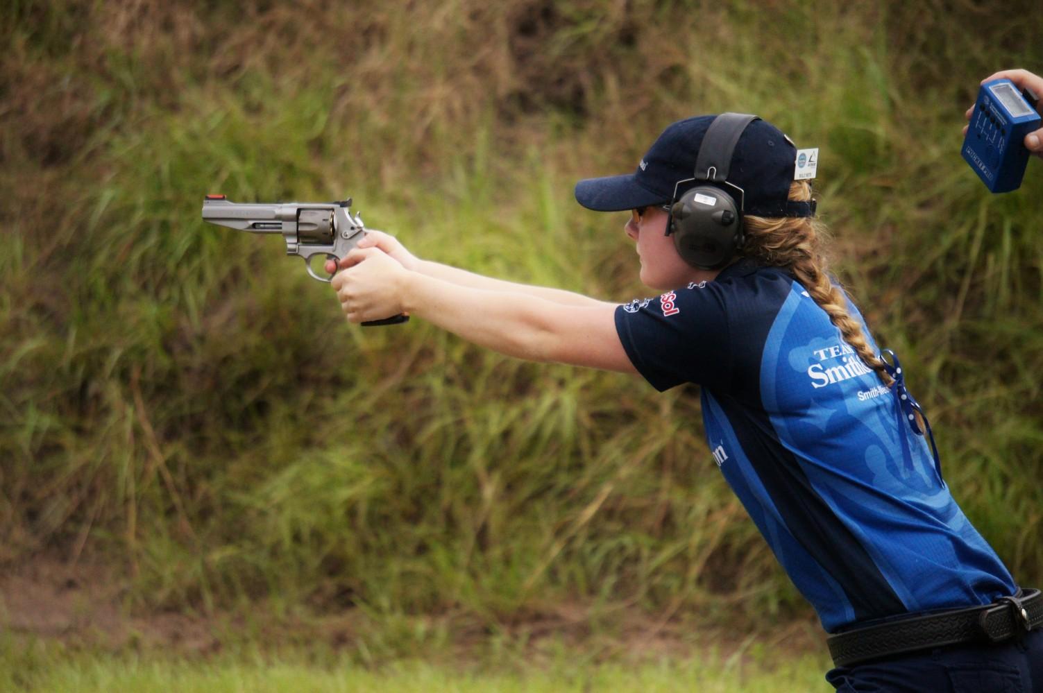 Спортивная револьверная стрельба