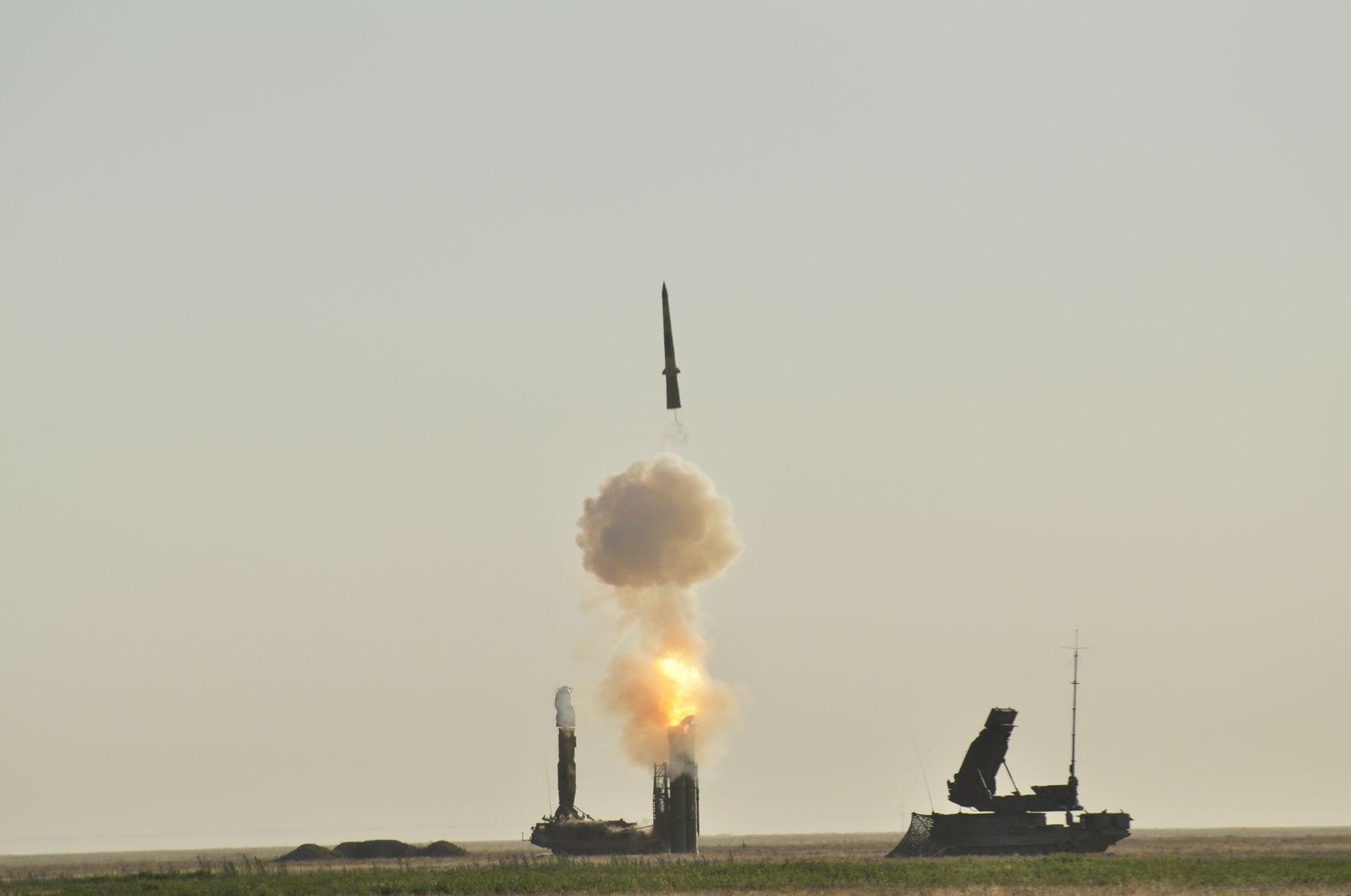 Холодный старт ракеты ЗРС Триумф