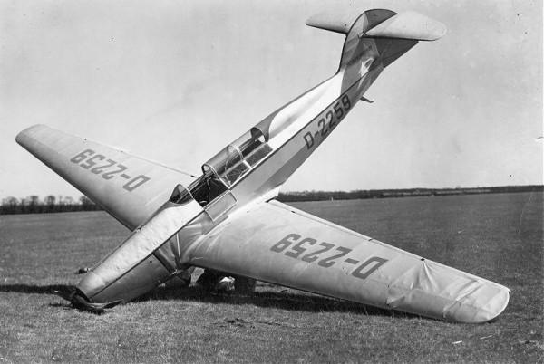 Самолет м37