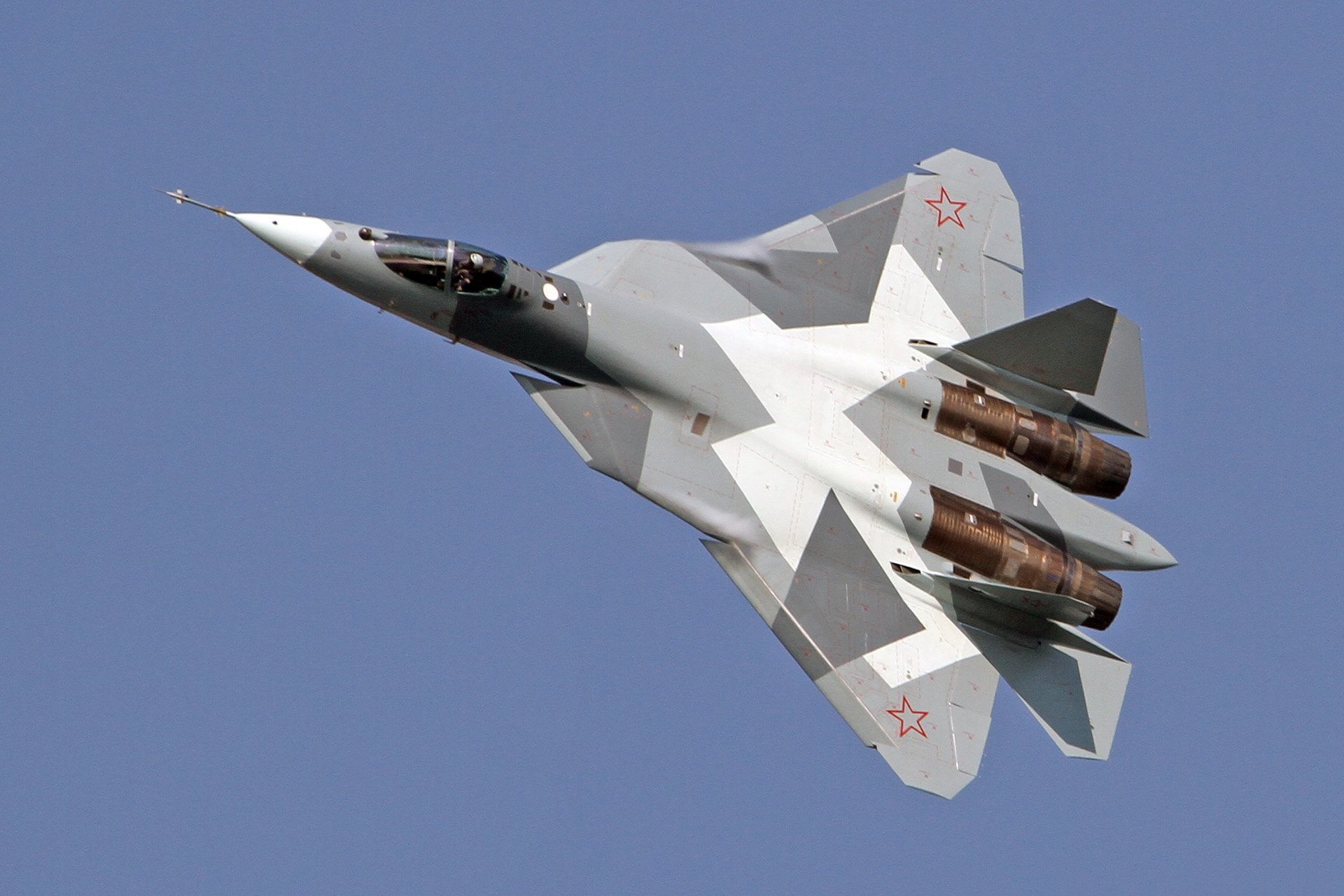 СУ-57 - самолет проекта ПАК ФА