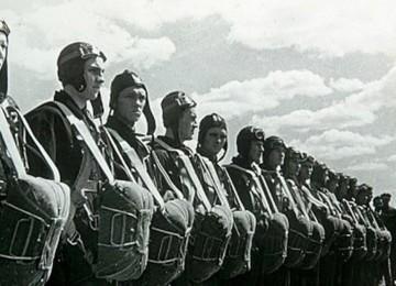 Форма ВДВ: от времен СССР до нынешней России