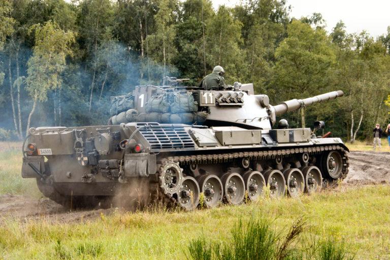 "Немецкий танк ""Леопард"""