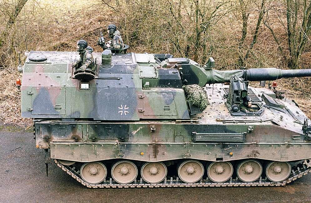САУ PzH2000