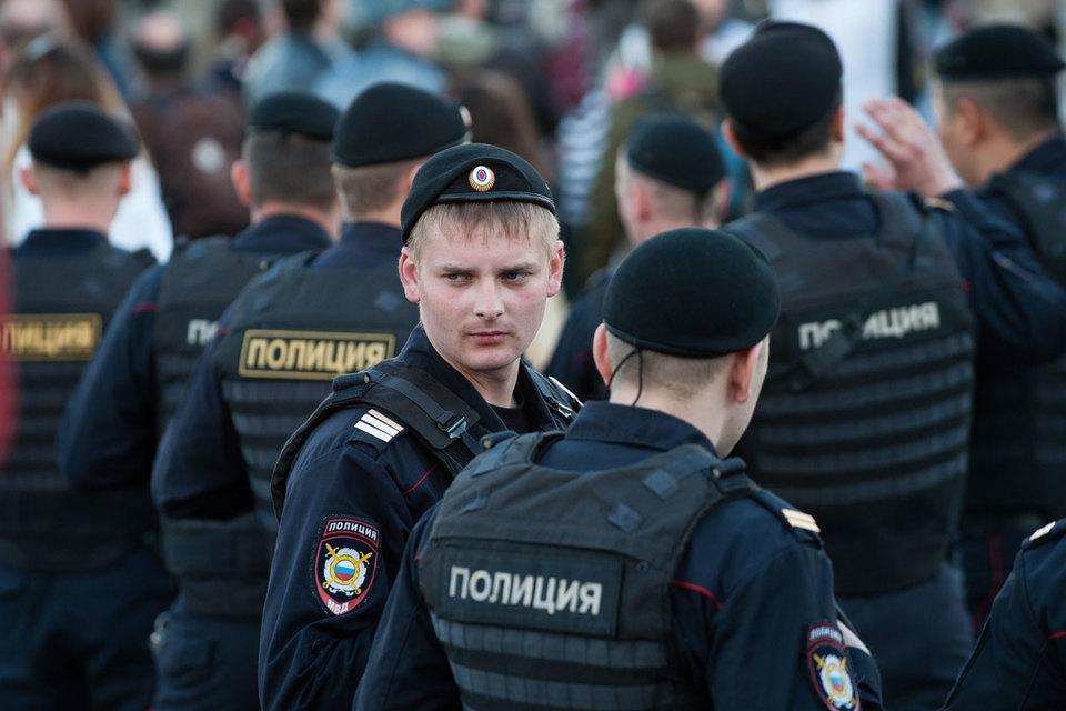 Полицейские бронежилеты