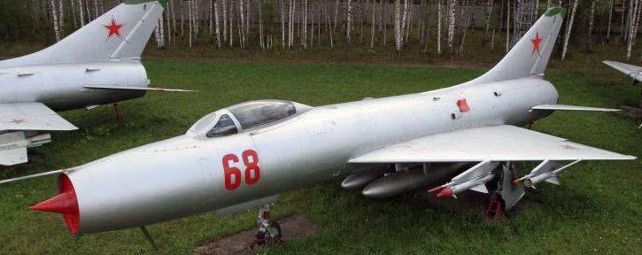 Истребители Су-9
