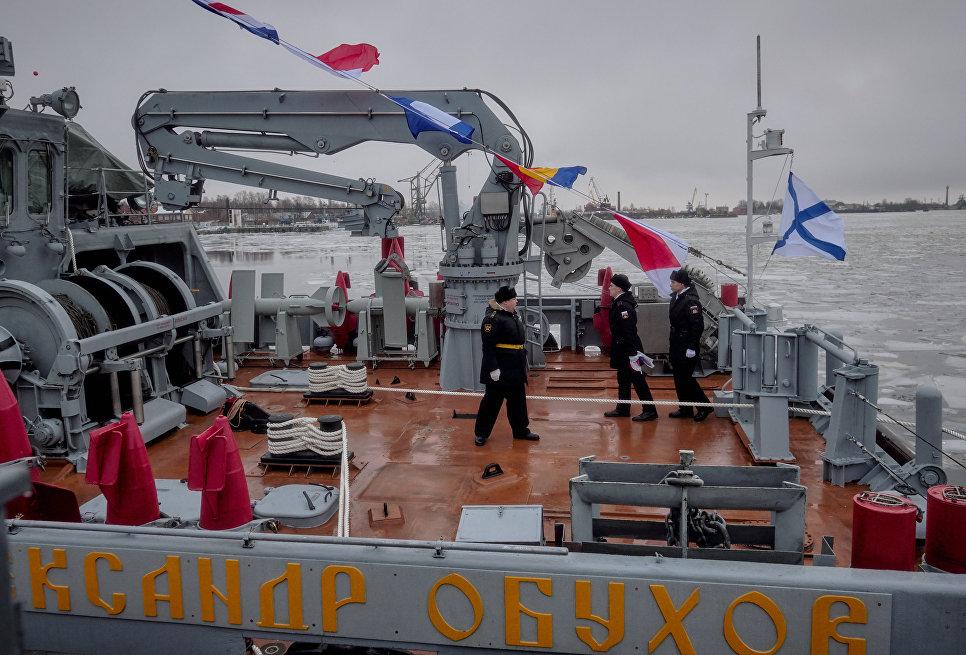 "На палубе ""Александра Обухова"""