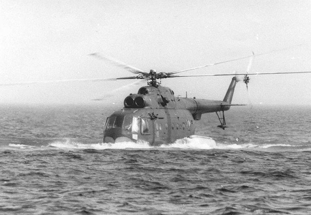 Посадка Ми-14 на воду