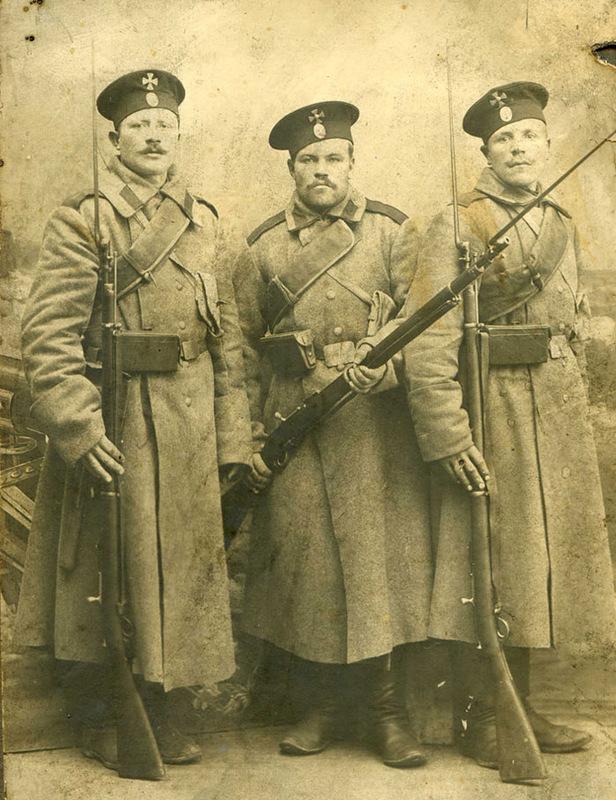 Солдаты с берданками