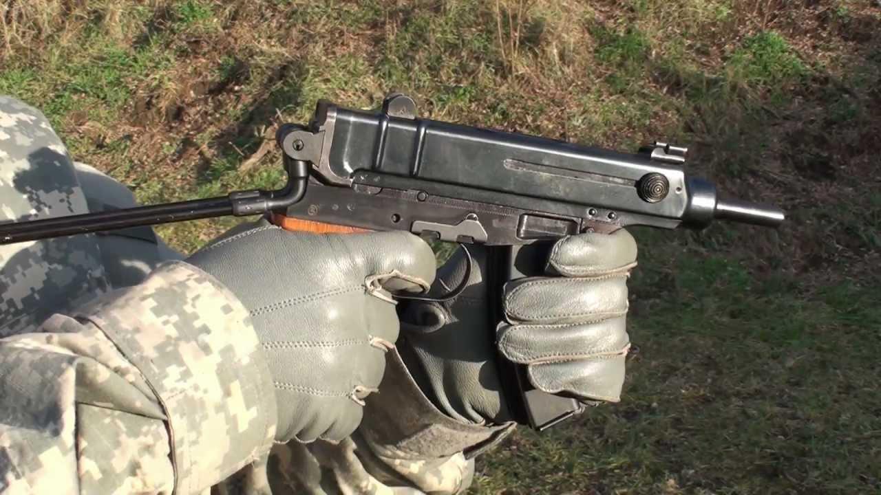 Стрельба из Skorpion Vz. 61