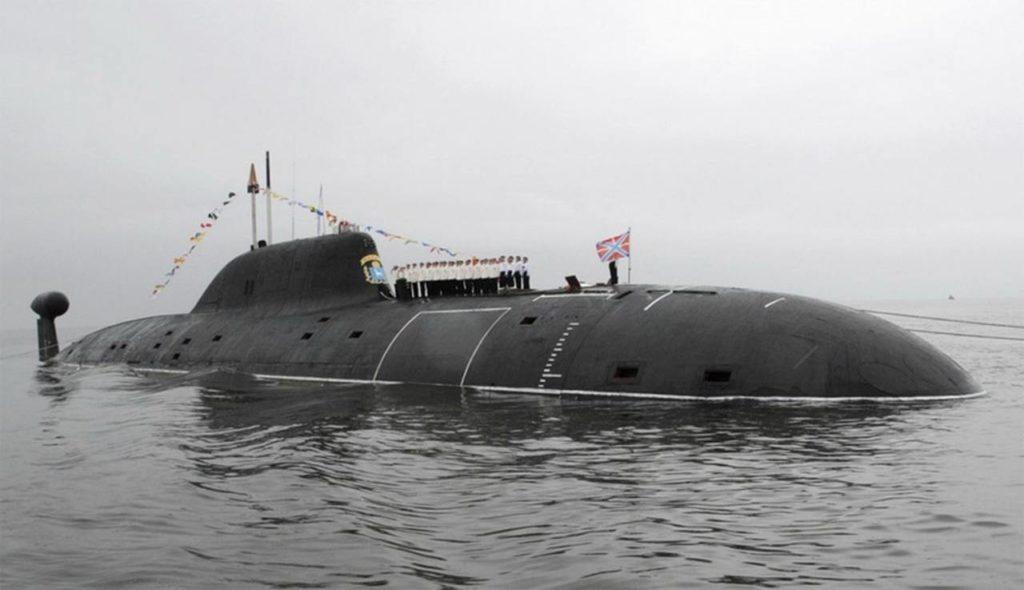 АПЛ проекта 971 с экипажем