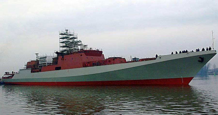 Головной корабль