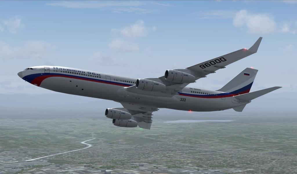 ИЛ-96 в полете