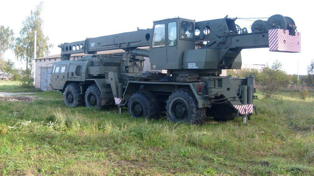 МАЗ-543 с крановой установкой