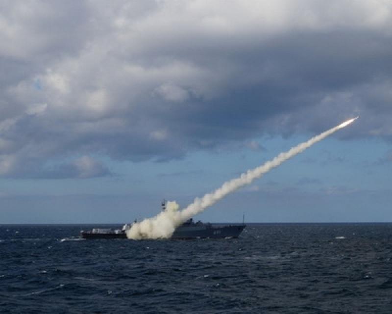 Пуск ракеты X-35 с СКР Татарстан