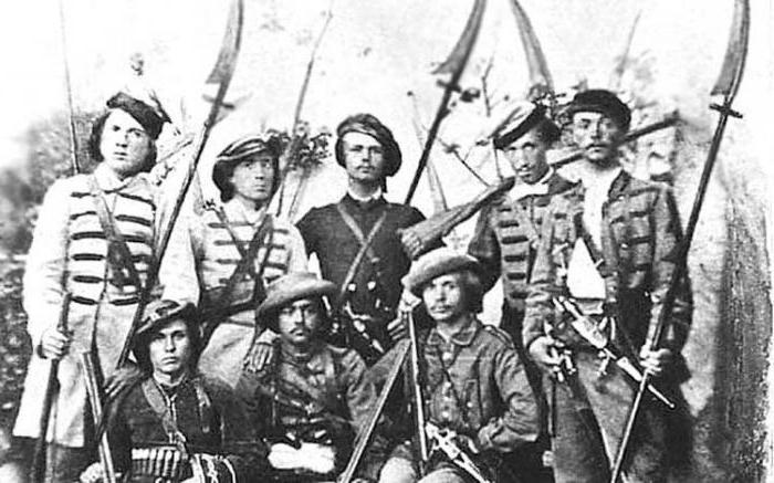 Солдаты с косами