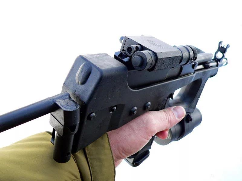 ПП-2000 в руке