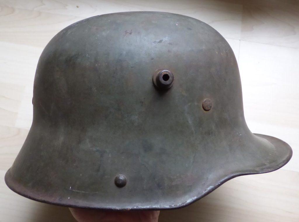 Stahlhelm M16