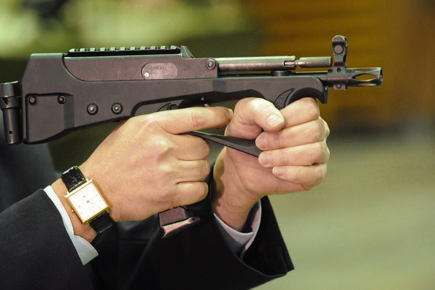 Стрельба из ПП-2000