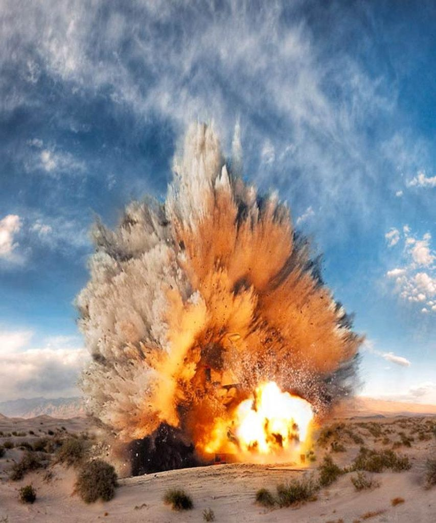 Взрыв динамита