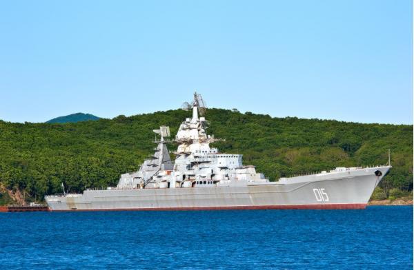 """Атомный крейсер """"Адмирал Лазарев"""""""