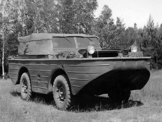 ГАЗ-46 с закрытой кабиной