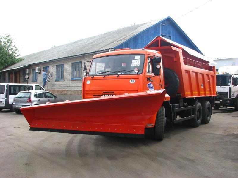КамАЗ-55111 с отвалом