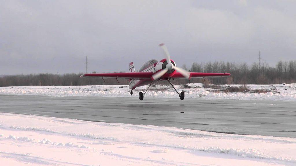 Взлет Су-29