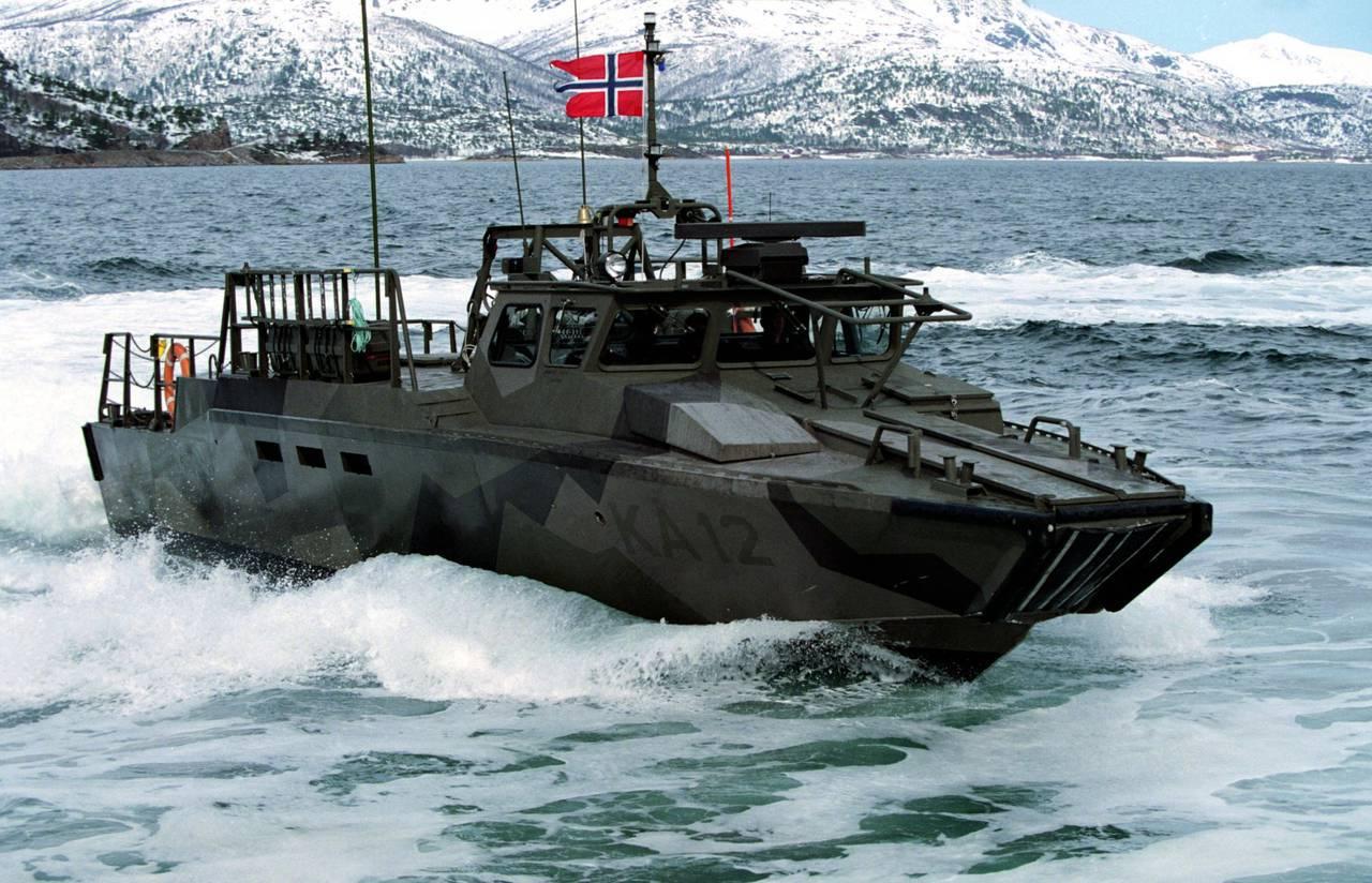 Шведский военный катер