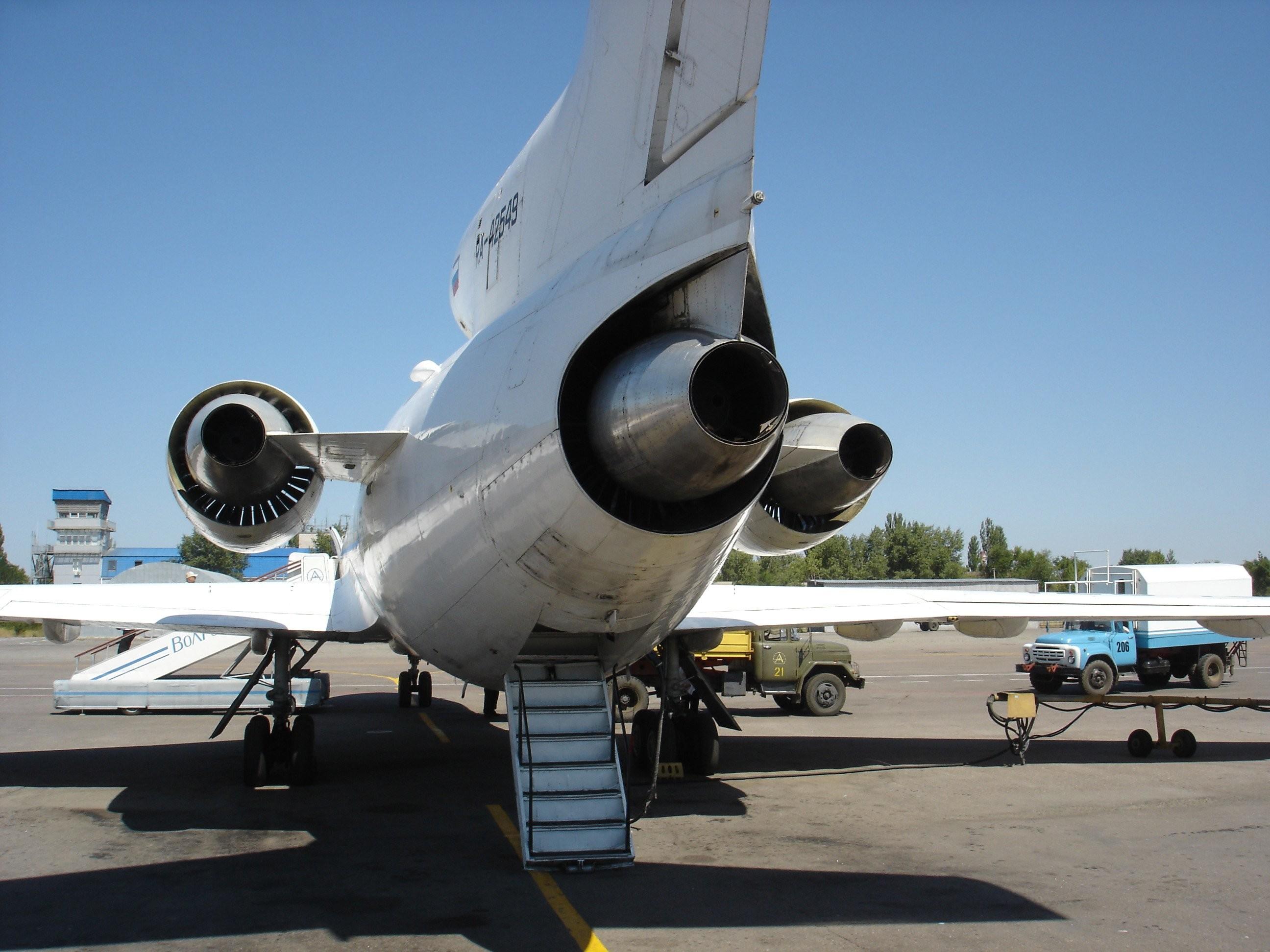 Турбины двигателей Як-42