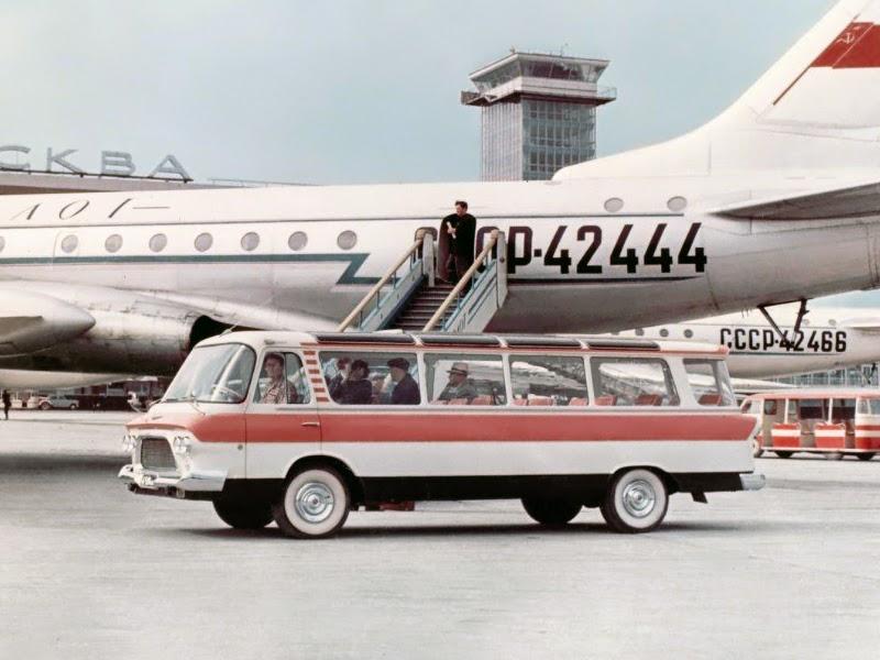 ЗиЛ-118 в аэропорту