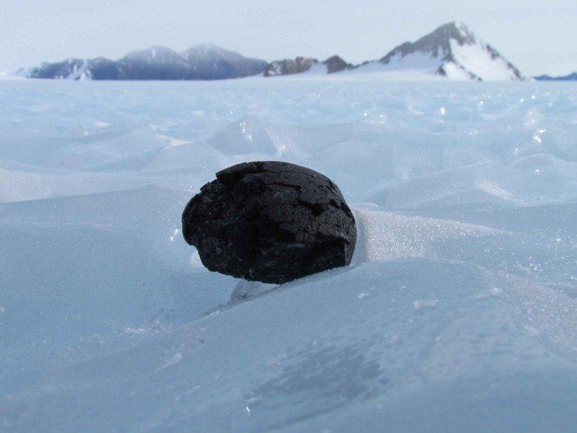Антарктический метеорит